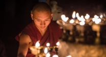 footsteps-buddha
